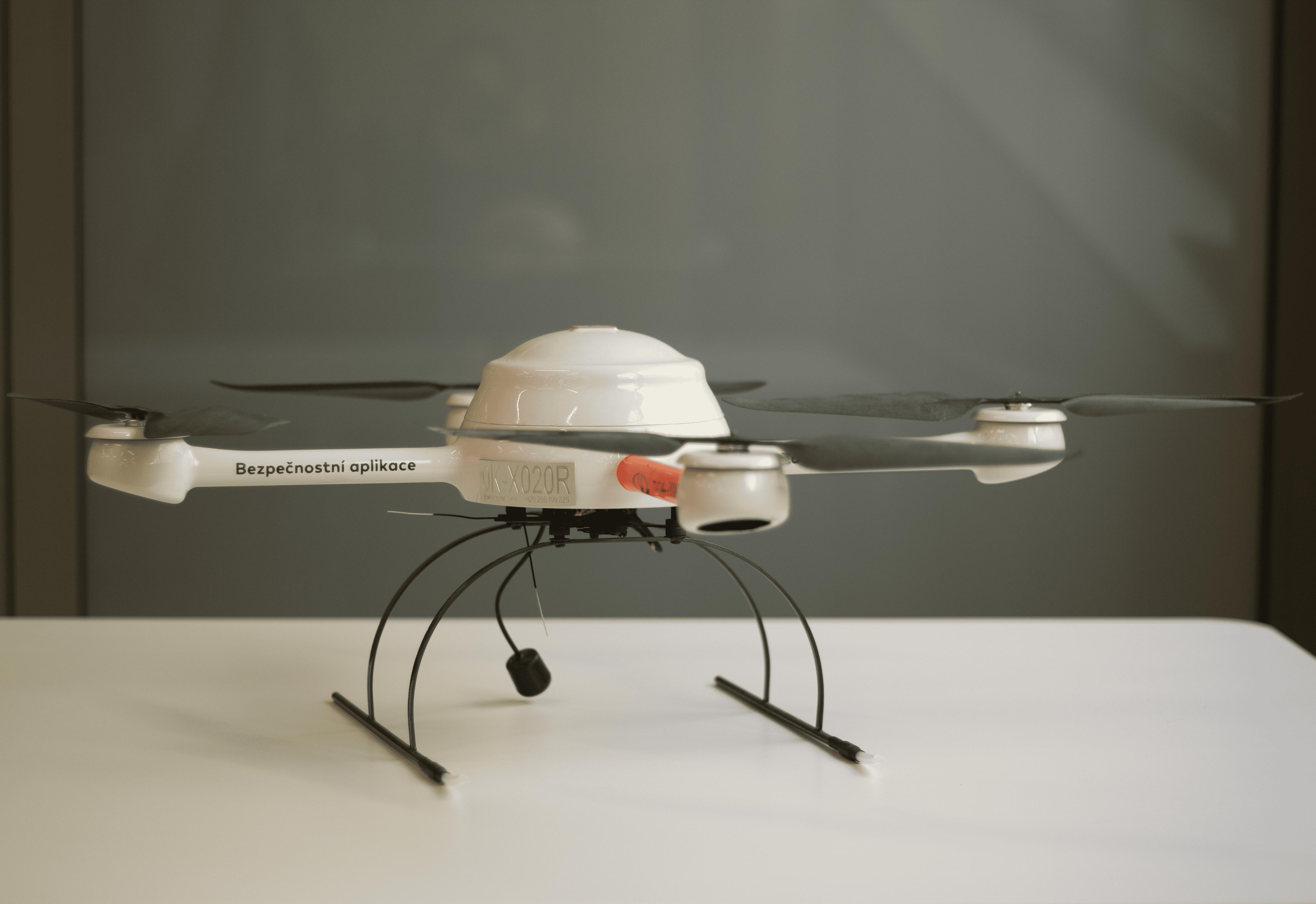 dron-mikedron_optimized