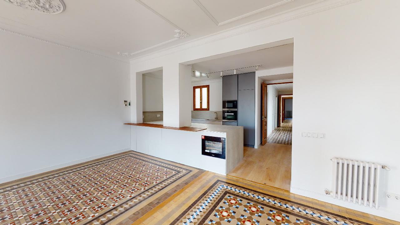Pau-Claris-175-kitchen.jpg