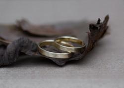 Grob gebürstete Ringe - Gelbgold