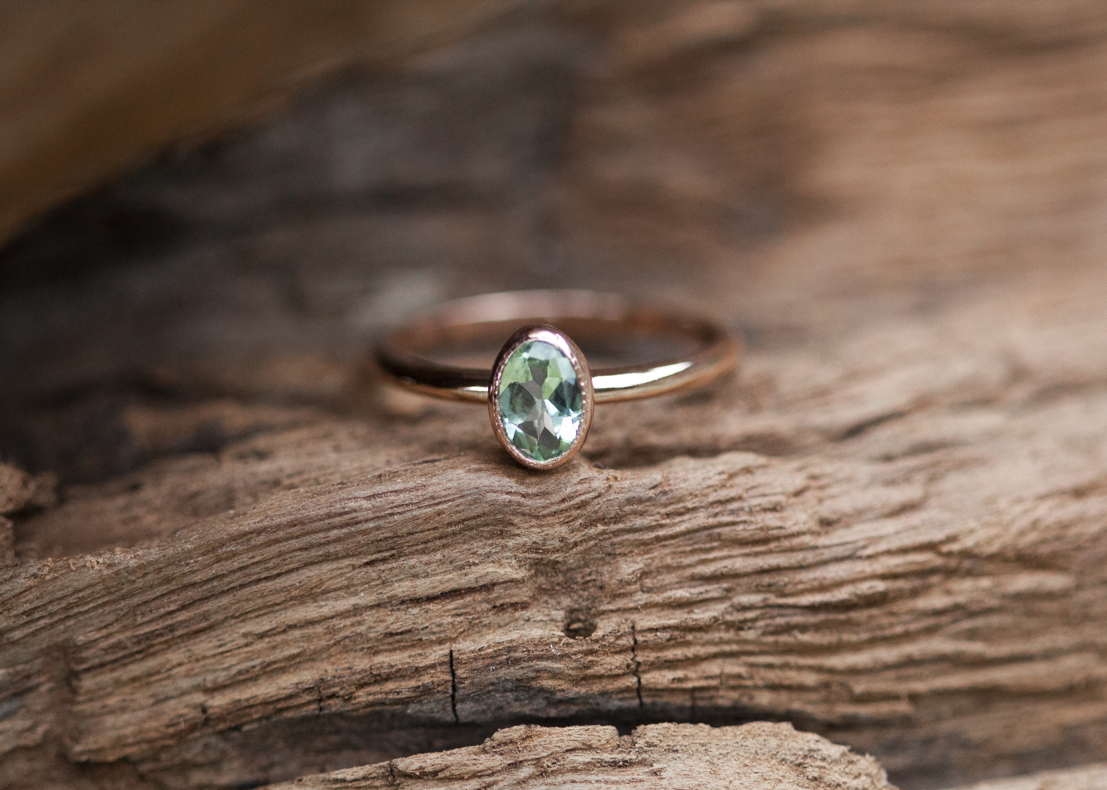 Ring mit türkis-grünem Turmalin - Rotgold