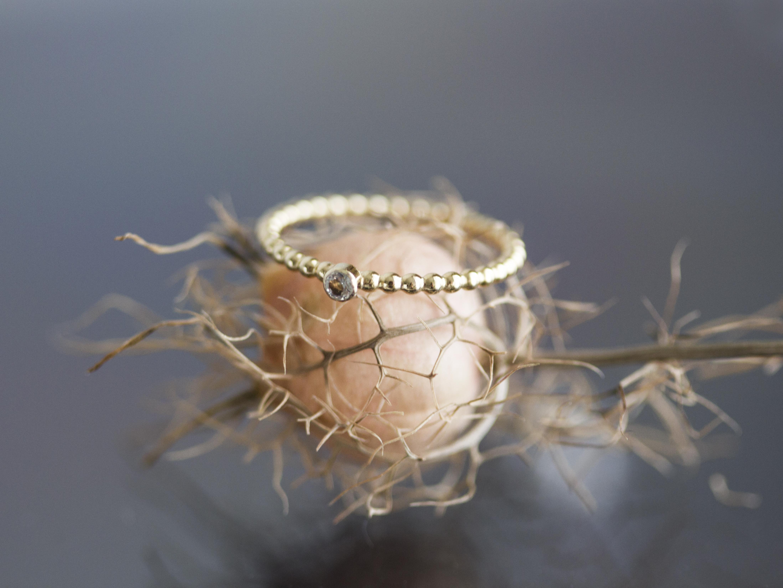 gelbgoldener Ring mit Brillanten