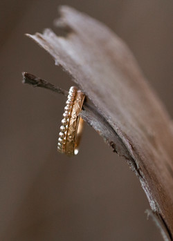 Ring mit Ornamenten & Kugelring - Rotgold