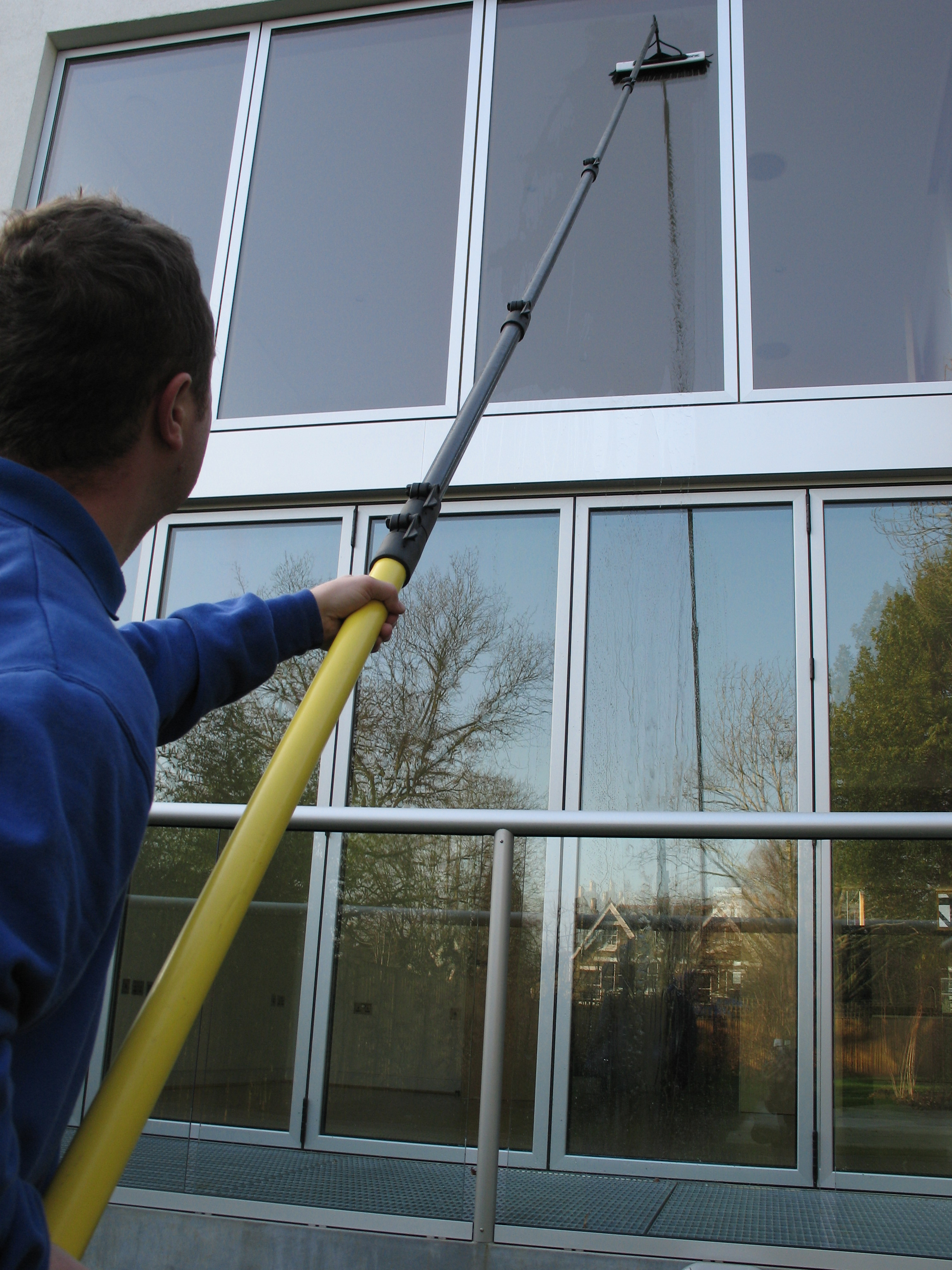 window cleaning with poles