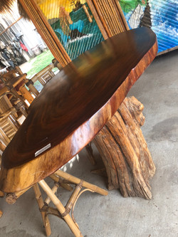 Guanacoste table