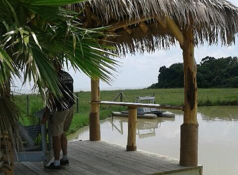 View 2 Pond Palapa