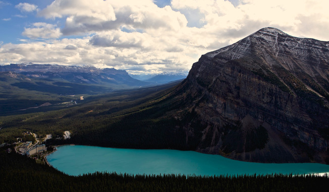 Lake Louise from above.jpg