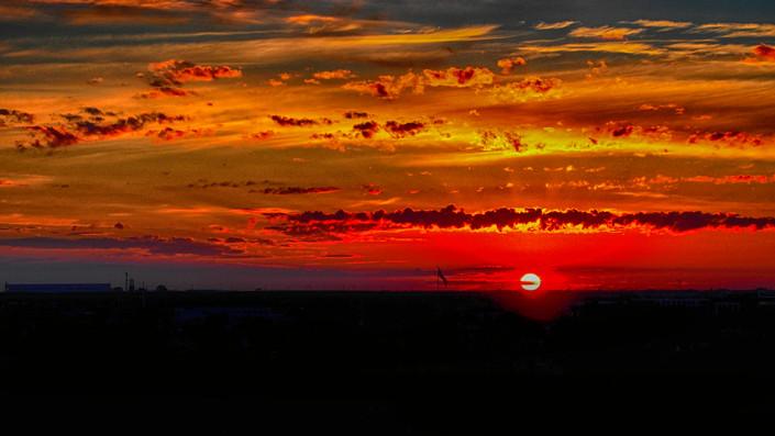 Calgary Sunrise.jpg
