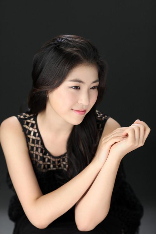 Profile pic-a.jpg
