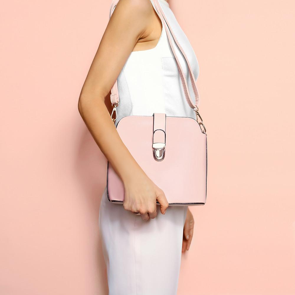 Handbags are deductible