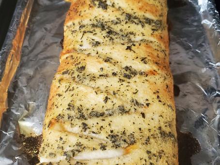 pizza twist bread