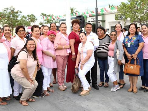 Alcaldesa Armida Castro da banderazo de inicio al Mes de la Lucha contra el Cáncer de Mama