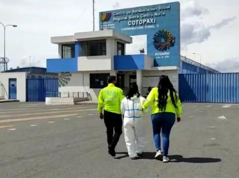 """Mujer en Ecuador sospechosa de asesinar a sus hijos """"puede ser una asesina serial"""""""