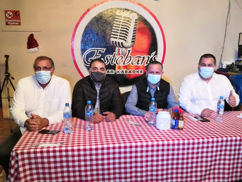 Restauranteros de Los Cabos refrendan su apoyo al Dr. Ernesto Ibarra.