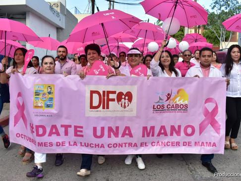 Con gran participación se celebra la Marcha de Concientización de la Lucha Contra el Cáncer de Mama