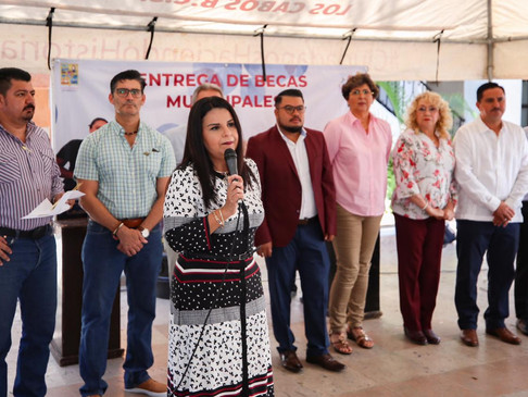 Beneficia Gobierno Municipal a casi 3 mil Estudiantes con Pago de Becas