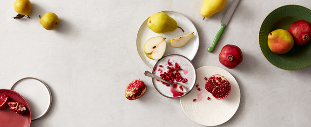 Gorgeous food and prop styling: Pears and Pomegrantes