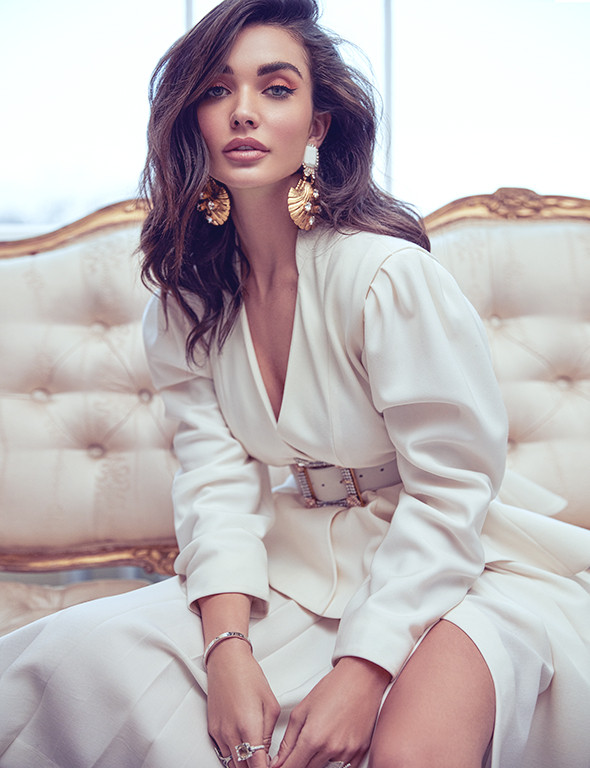 ARCADIA COVER WITH AMY JACKSON