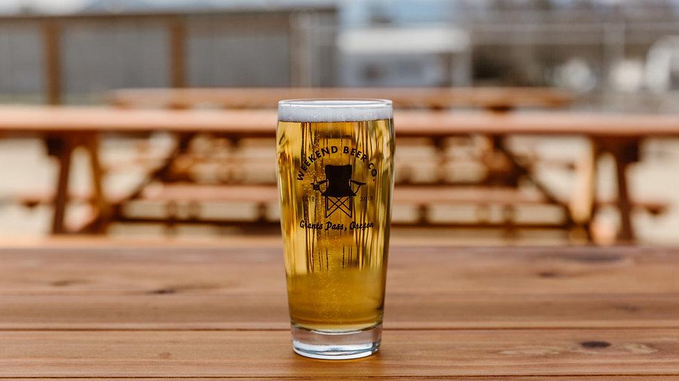 Weekend-Beer-Company-GrantsPass-Oregon-1
