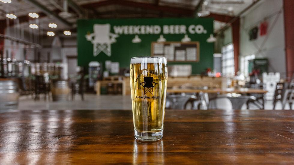 Weekend-Beer-Company-GrantsPass-Oregon-2