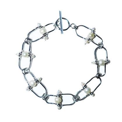 Fresh water pearl sterling silver bracelet
