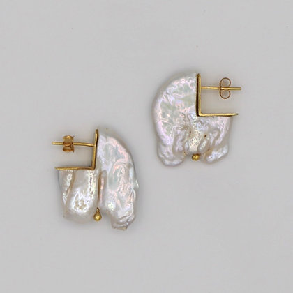Golden Maji Earrings
