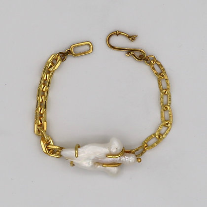The Odd One Chain Bracelet
