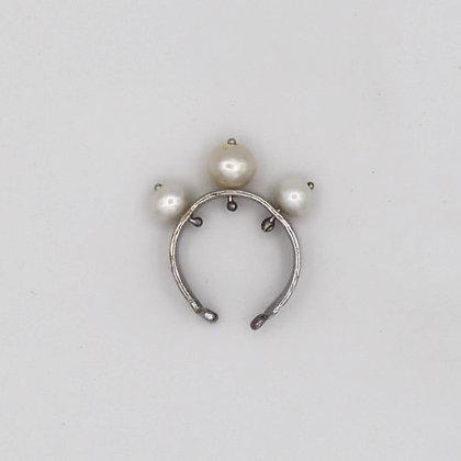 Triple Pearl Ear cuff