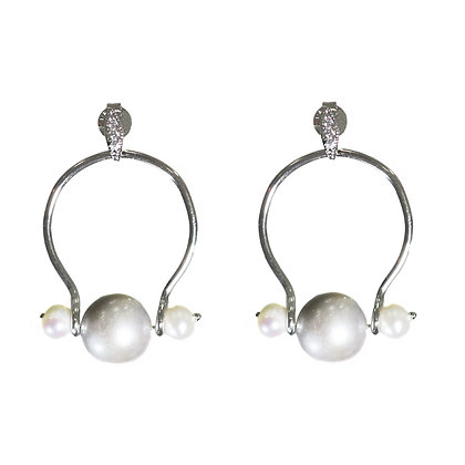 Pearl earrings, Fresh water pearl, Middle M earrings, Wire jewelry