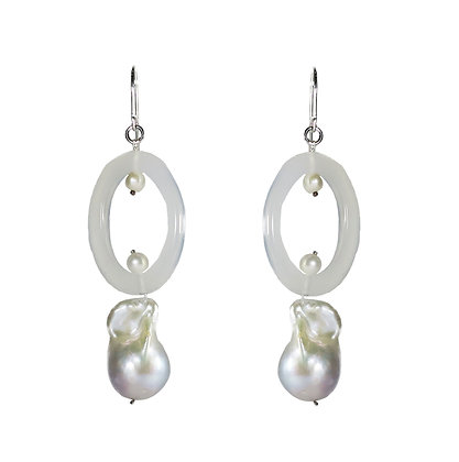 Baroque earrings. Agate earrings