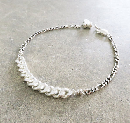 Men chain bracelet by Middle M Jewelry Bangkok