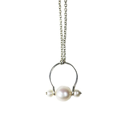 White fresh water pearl sterling silver necklace for everyday
