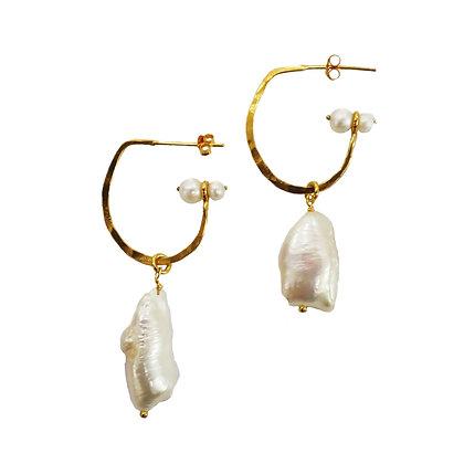 Zephyr Pearl Earrings