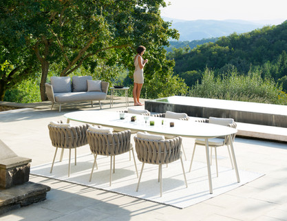 Tosca dining table.jpg