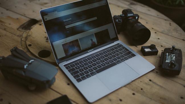 Guida all'attrezzatura da Travel Blogger
