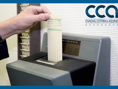 Cartões de ponto sem assinatura de empregado são válidos em processo sobre horas extras.