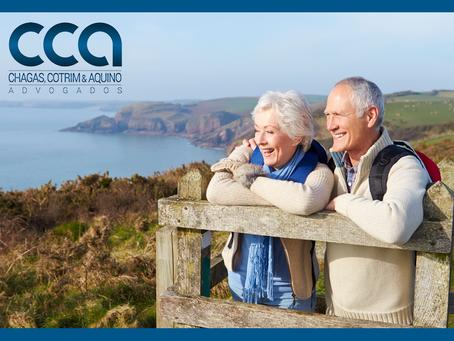 Ao preencher os requisitos para a aposentaria, o segurado tem direito adquirido ao regramento vigent