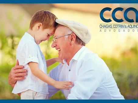 Câmara aprova licença-paternidade para avós.
