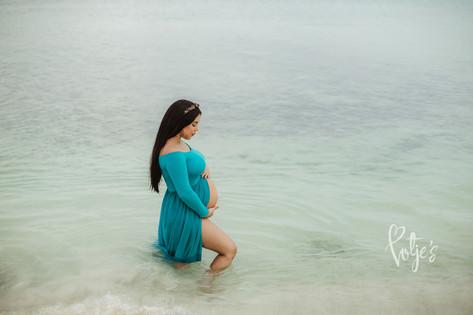 Maternity Photographer Aruba