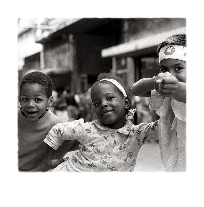 12__¡_Abajo_el_imperialismo_!__Cuba,_Periodo_Especial_WEB