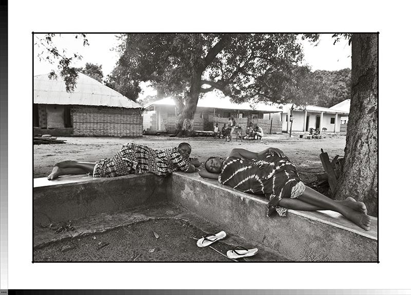 211 Mediodía en Gambasse Dona y Tulai