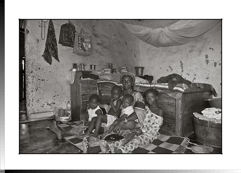 115 Kané Camará y sus nietos