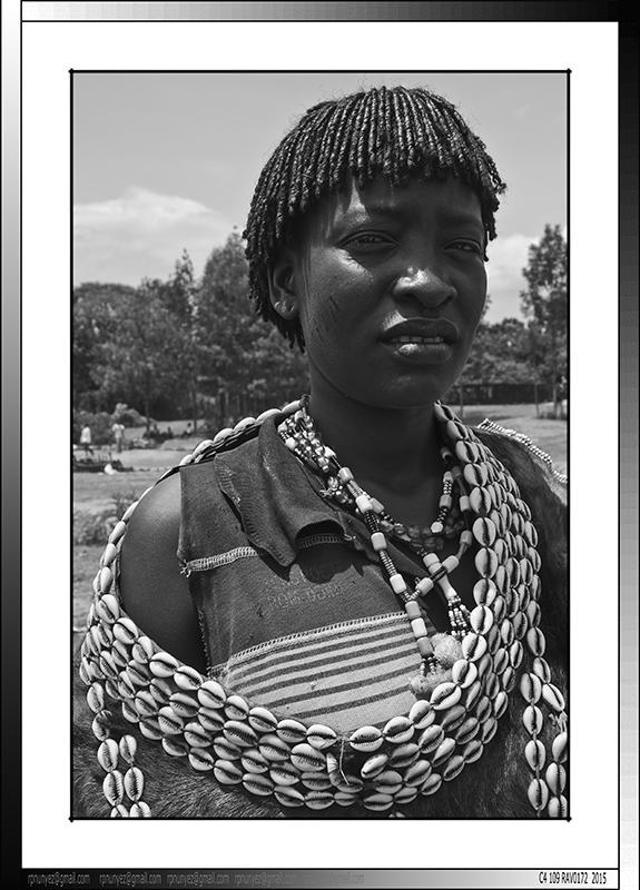 11 05 Mujer hamer Key Afer Etiopia 2014