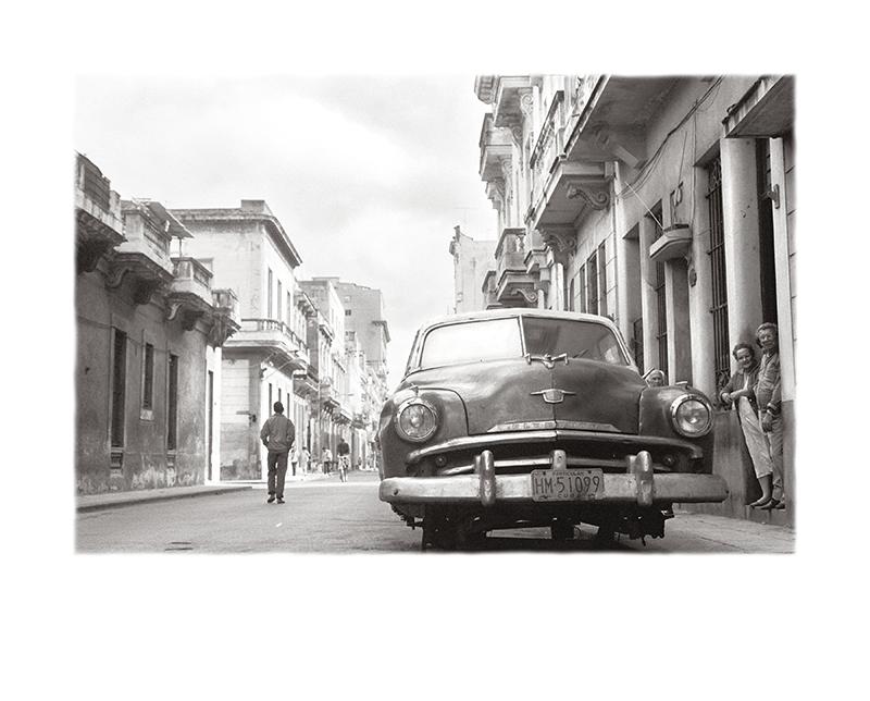 25_¡El_pueblo_con_su_revolución!__La_Habana,_Periodo_Especial_WEB