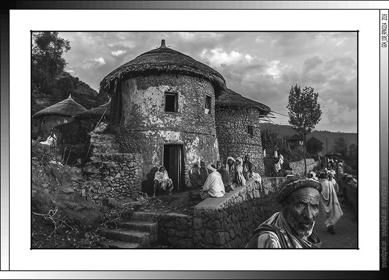 8 04 Casas tradicionales de Lalibela Etiopia 2016