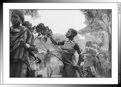 13 31 Fustigado ritual a jóvenes casaderas Yinya Etiopia 2014