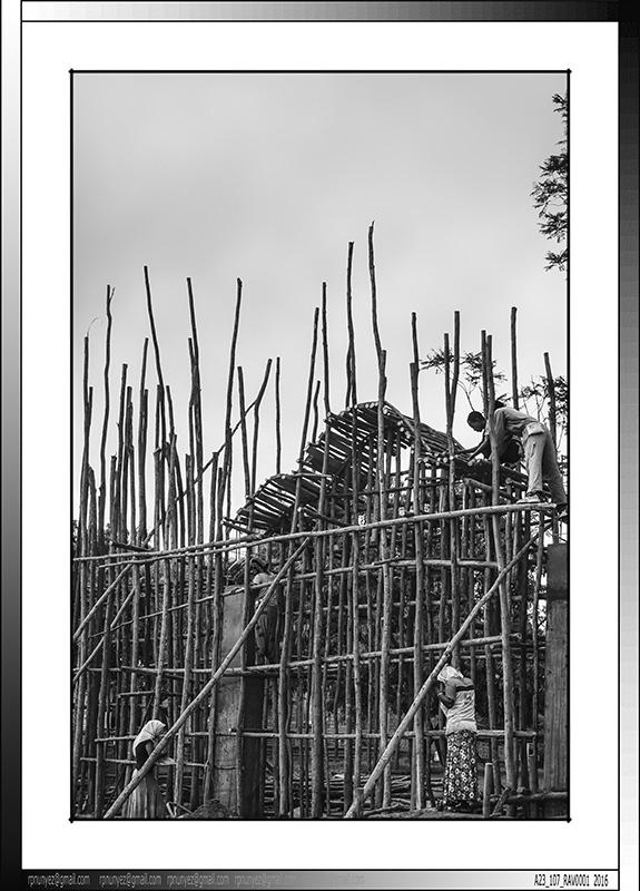 3 11 Merkato en construcción Addis Abeba Etiopia 2014
