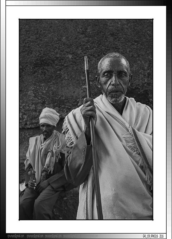 9 14 Peregrinos en  Lalibela Etiopia 2016