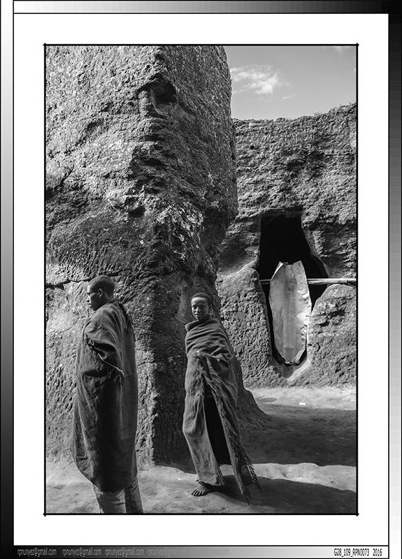 8 19 Peregrinos en los laberintos de Lalibela Etiopa 2016