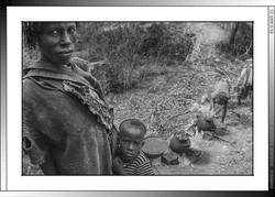 13 07 La cocina de los  Banna de Yinya Etiopia 2014