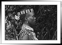13 16 Joven Banna con su kalashnikov Yinya Etiopia 2014